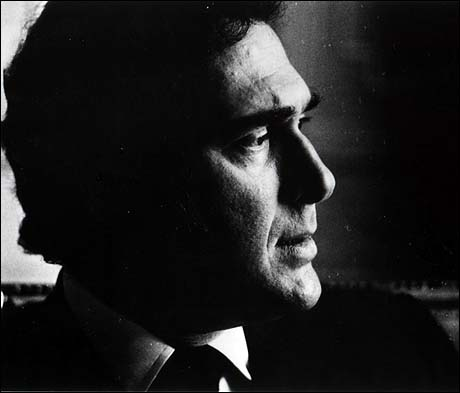 Harold Pinter profile photograph