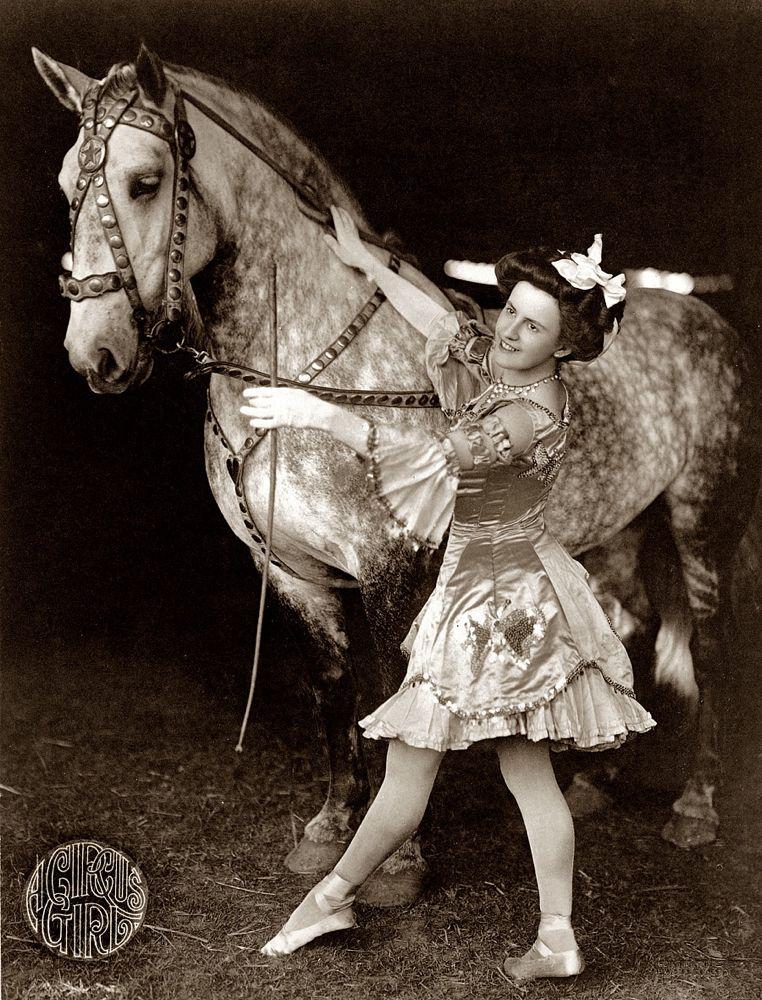 A Circus Girl Baja
