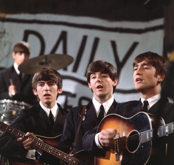 BeatlesEarlyPublicityShot