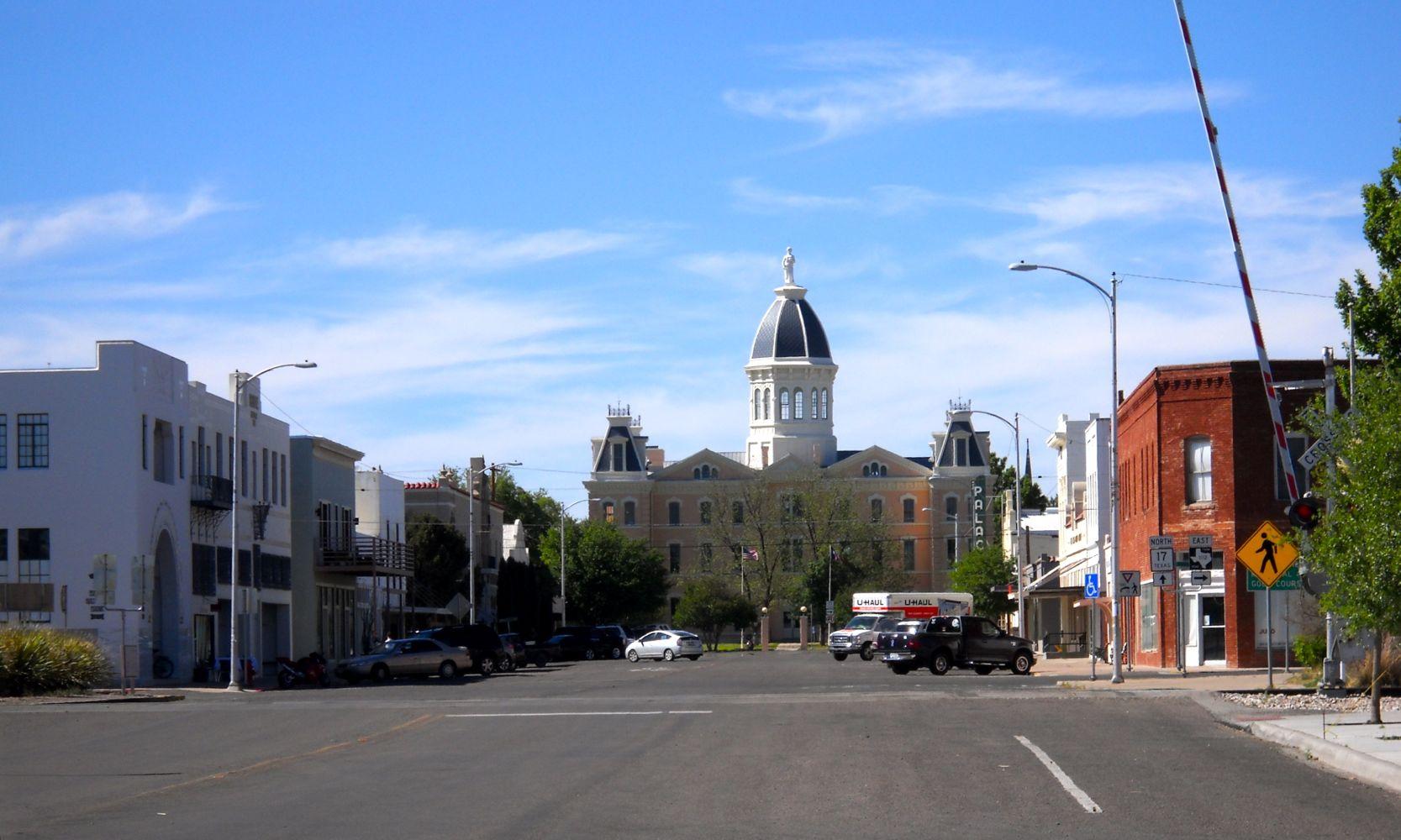 DowntownMarfaBaja