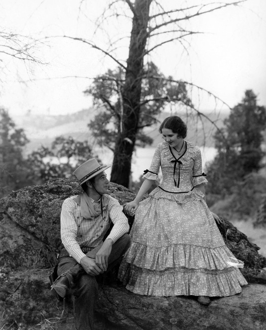 Gary-Cooper-and-Mary-Brian-in-The-Virginian1929