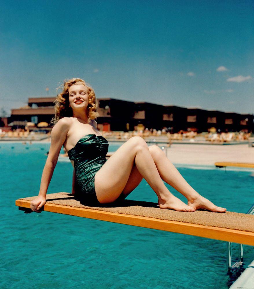 MarilynDivingBoardBaja