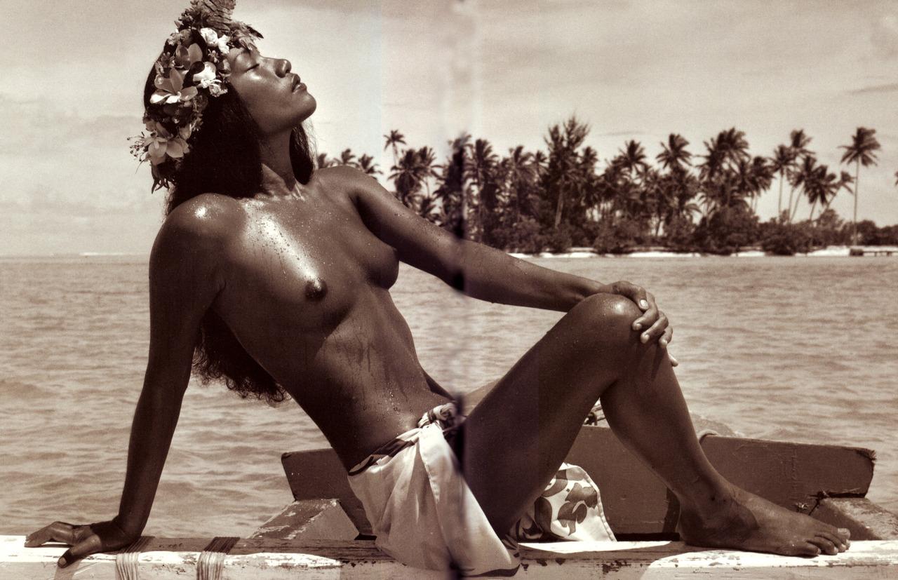 PolynesianBeautyOnBoat