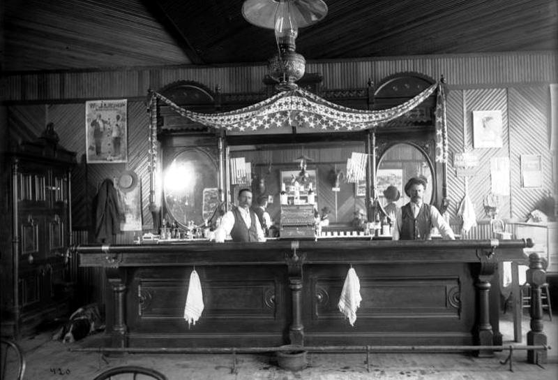 Saloon1899