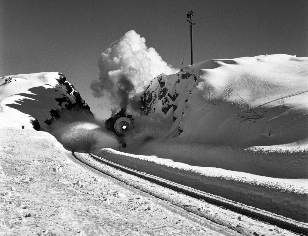TrainPlowingAhead