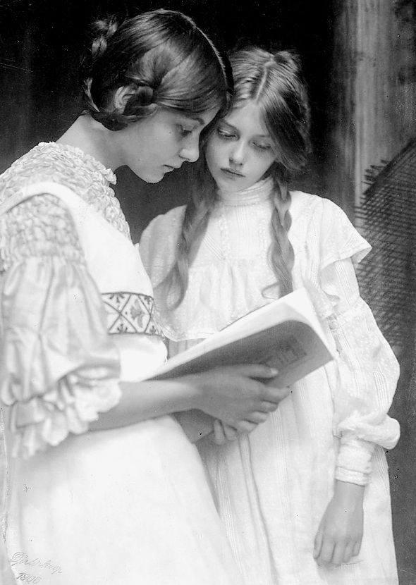VictorianGirls